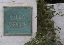 [Image: Famous Bette Davis... Villa Verde... How Are They Linked...]