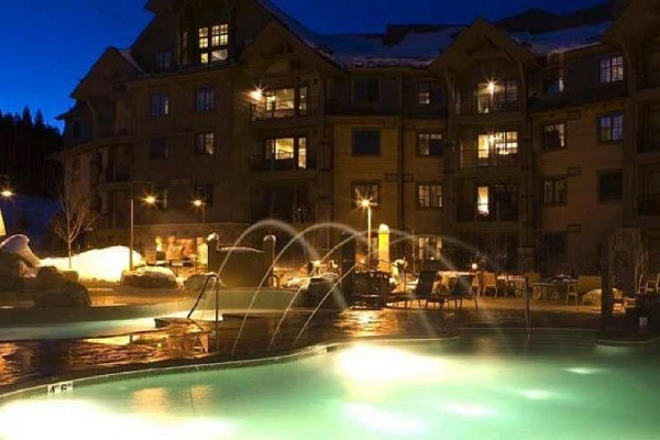 [Image: 5 Star Resort - Sleeps 8 (Dec 13-20), Ski in/Out, Unbelievable Views/Amenities]