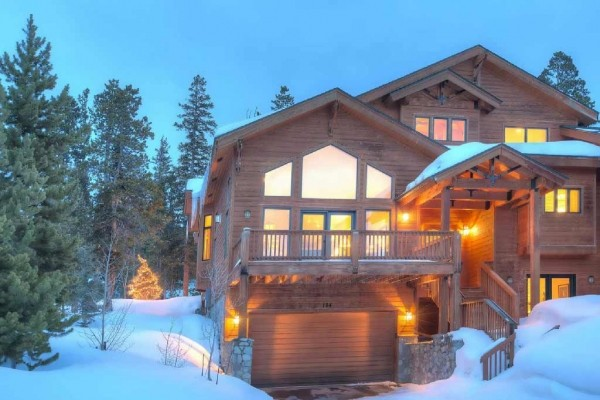 [Image: Lovely Mountain Home W/ Stunning Views!]