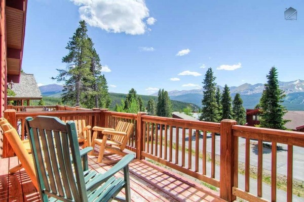 [Image: Luxury Mountain Home with Hot Tub, Heated Deck, and Gorgeous Mountain Views: Firelight Luxury]