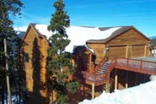 [Image: Located on Baldy Mountain-Sunbreck Has Unbeatable Views of the Ten Mile Range]