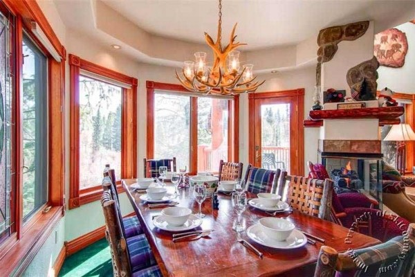 [Image: Breckenridge Townhome with Ski-in Access, Private Hot Tub, Sleeps 12]