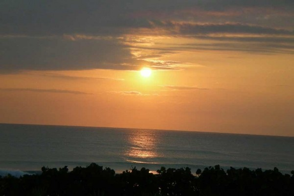 [Image: Want to Relax for a wk or More? Our 2 Bdr Oceanfront Condo is Calling]