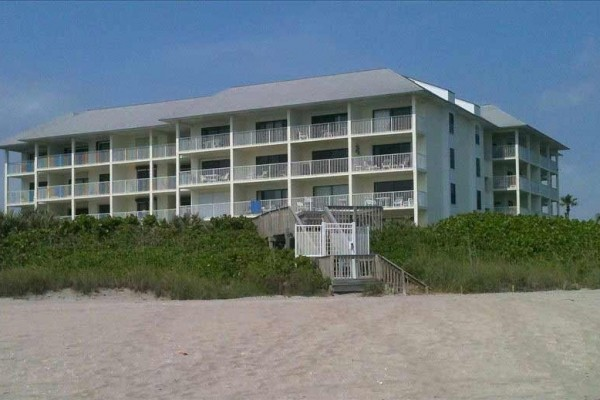 [Image: 2bd/2BA Oceanfront Condo Marriott-Hutchison Golf/Tennis Resort]