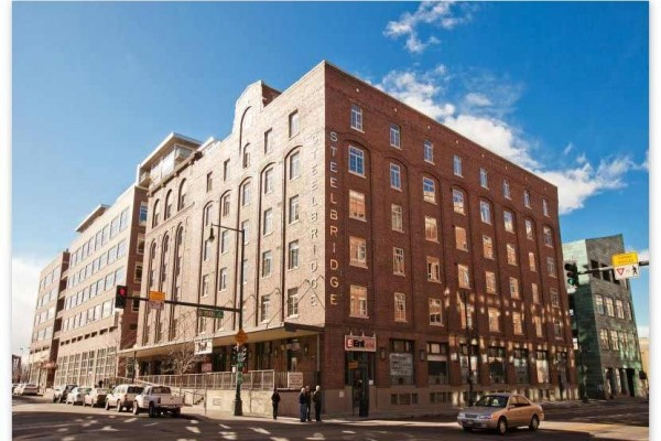 [Image: Amazing 2BR/2BA Loft in the Heart of it All! Lodo/Riverfront/Downtown]