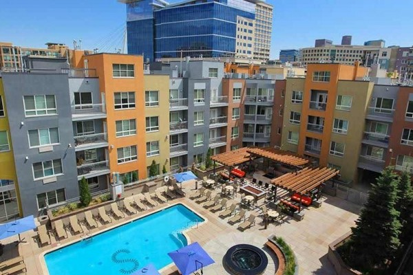 [Image: Book Online! Perfect Denver Location! Pool! Stay Alfred St2]