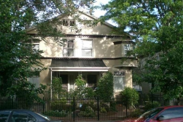 [Image: Beautiful Victorian Row House 1-4 Bedroom No Car Needed Downtown/Capital Hill]