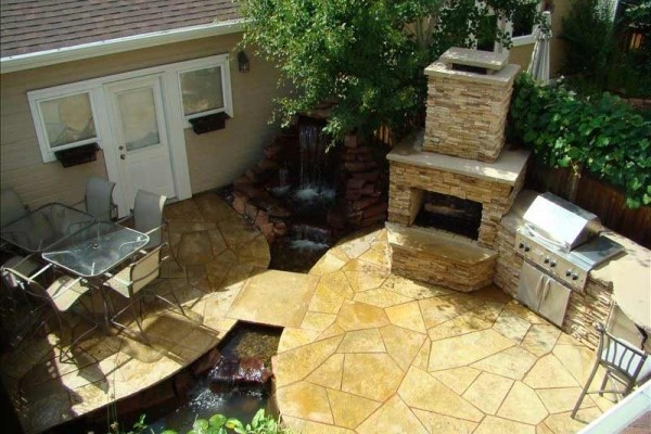 [Image: Downtown-Backyard Oasis. Available July 12 - 14!! Discounts Available!!]