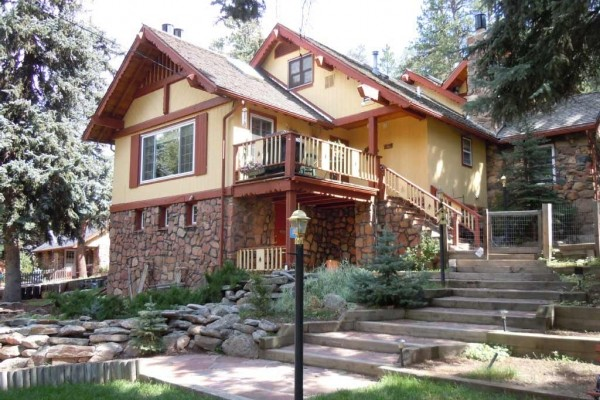 [Image: Get Away to the Rocky Mountains in the Heart of Evergreen. Stay in 1 of 7 Suites]