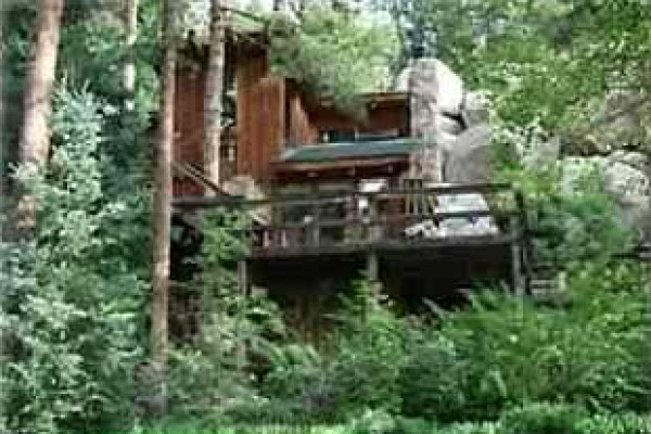 [Image: Cabin in the Pike - Your Mountain Vacation Retreat]