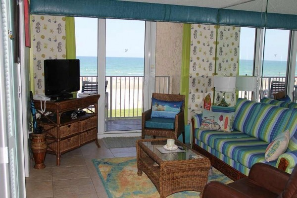 [Image: Mellow Mermaid Oceanfront Suite-Completely Renovated in 2014!]