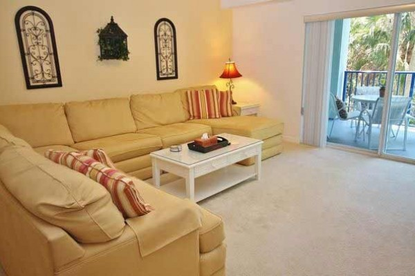 [Image: Just Listed! Holiday Break at Beautiful 3/2 Unit at Oceanwalk!]