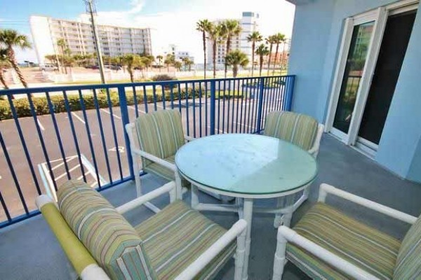 [Image: Great Rates at 2 Bedroom, 2 Bathroom Ocean View Unit at Oceanwalk!]