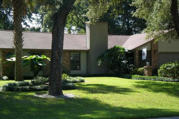 [Image: Affordable 3/BR 2/BA Home with Private Pool Close to Disney/Daytona Beach]