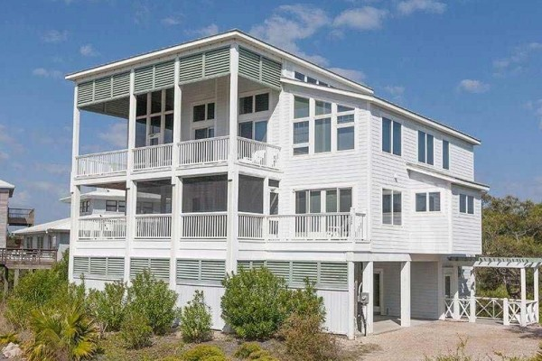 [Image: Revere House: 4 BR / 3.5 BA Beach View in Saint George Island, Sleeps 12]