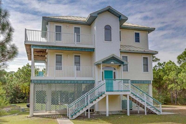 [Image: Mary's House: 3 BR / 3 BA Beach View in Saint George Island, Sleeps 11]