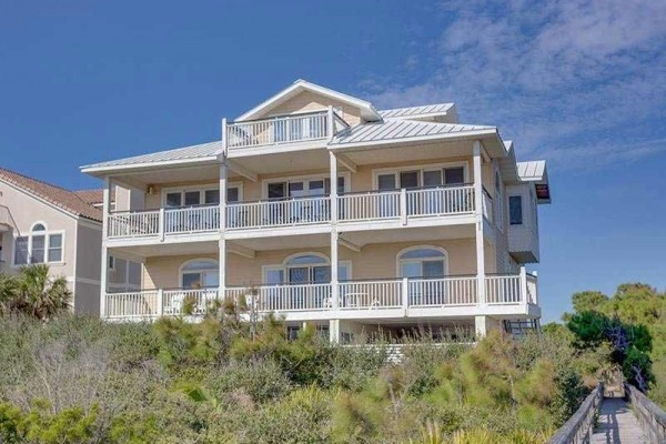 [Image: Heaven's Gate: 8 BR / 6.5 BA Beach Front in Saint George Island, Sleeps 24]