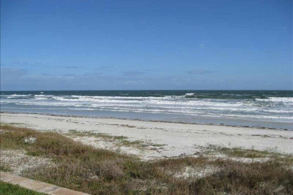 [Image: Direct Oceanfront - 3 BR/2.5 BA Townhome Monthly Rental]