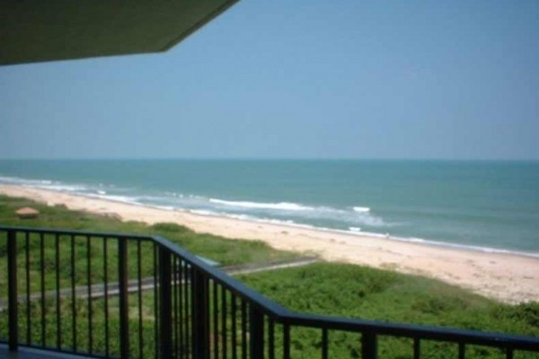 [Image: Fabulous Direct Oceanfront Condo]