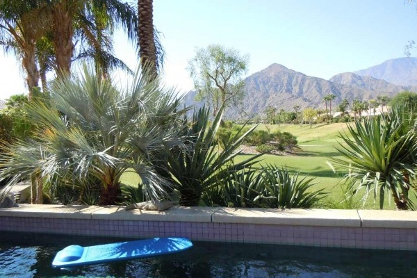 [Image: Tranquil Majestic Mountain View La Quinta Home]