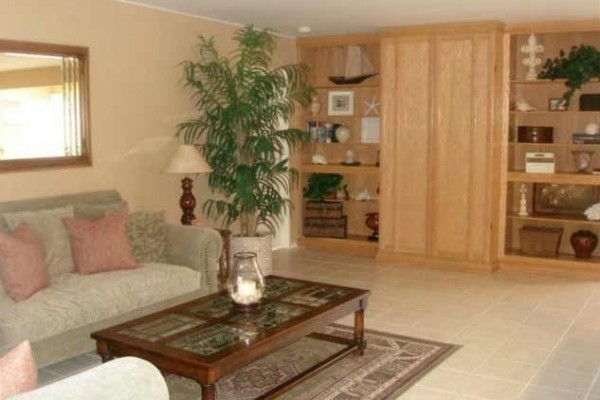[Image: Palm Desert Home - a Short Walk from El Paseo!]