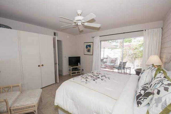 [Image: Siesta Villa ~ Cute Condo in Old Las Palmas Neighborhood]