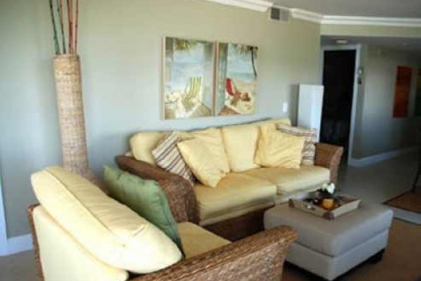 [Image: South Hutchinson Island/Jensen Beach 2BR/2BA Corner Unit]
