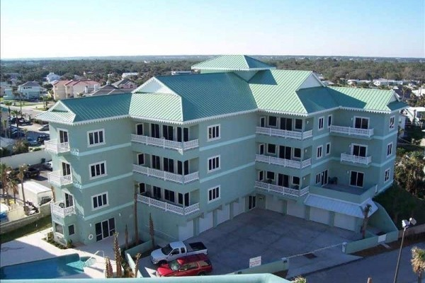 [Image: Luxury Ocean Front Penthouse Unit New Smyrna Beach]