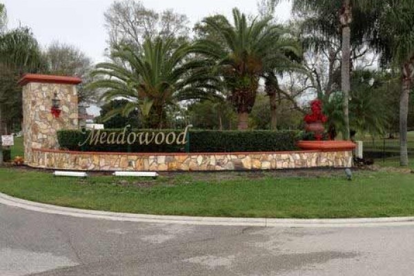 [Image: 2 Bedroom Condo on Meadowood Golf Coarse]
