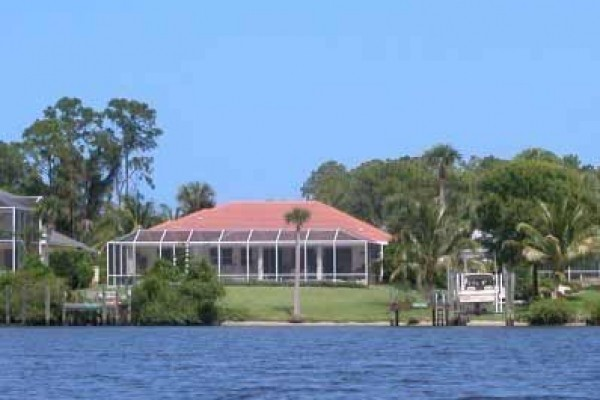 [Image: Luxury Waterfront on St. Lucie River,Ocean Access]