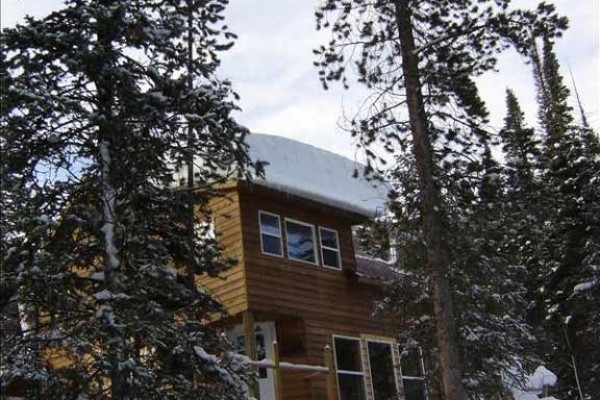 [Image: Cabin Bordering Medicine Bow Nf, Snowy Range Mountains, Wyoming]