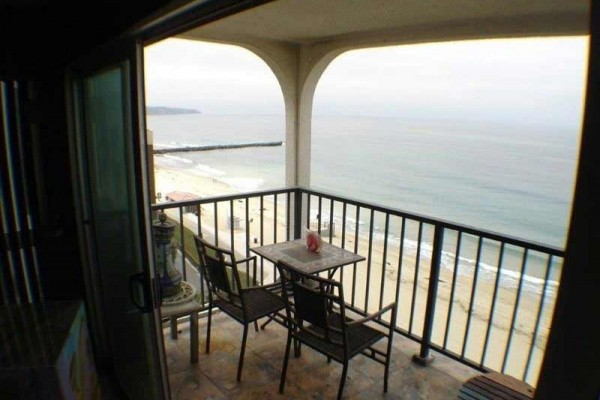 [Image: Oceanfront Condo with Unobstructed Panoramic Views]