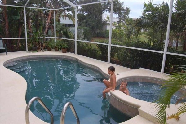 [Image: Sea Oaks River Homes V, W/ Pvt Pool Xmas Available 12/15 to 1/2 3.5k Net No Fee]