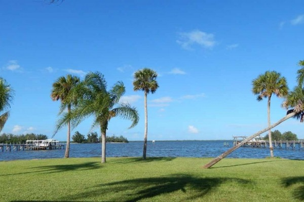 [Image: Old Palm Waterfront Private and Secluded Tropical Paradise]