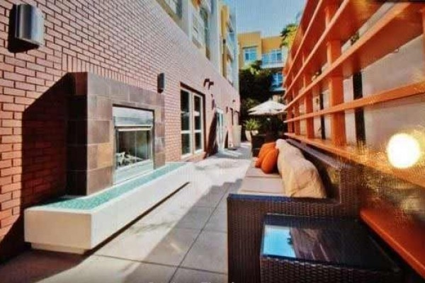 [Image: New Listing! Modern 2BR Condo W/Great Amenities & Pool Access - Easy Drive to Hollywood, Malibu & Santa Monica!]