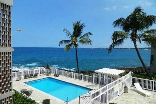 [Image: Alii Villas 228- Great Ocean View from This Lovely 2 Bedroom 2 Bath Condo.]