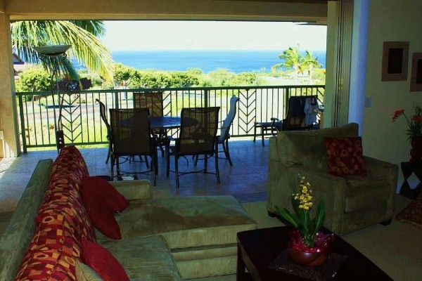 [Image: Oceanview 3 Bd/3 Bath Wai'Ula'Ula- Now Booking 2014]