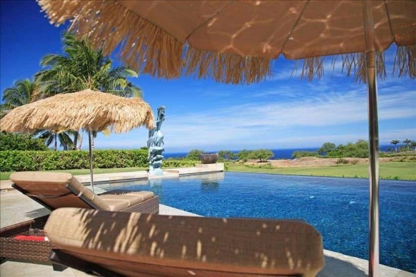 [Image: Golf Course Ocean View Home - Infinity Pool at the Mauna Kea]