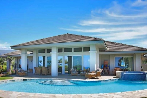 [Image: Mauna Kea Ocean View - Family Vacation Home]