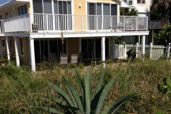 [Image: Beachfront 4 Bedroom Condo in Cape Canaveral, Fl!]