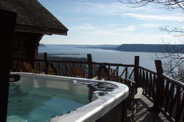 [Image: 40 Acre Wooded Retreat Overlooking Lake Pepin with Lakefront]