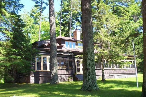 [Image: 4 Bedroom, 4 Bath Remodeled Historical Home Located on Lake Minocqua]