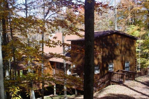[Image: Beautiful Mountain House - Free Wifi, Hot Tub, Close to Skiing, Dolly Sods]