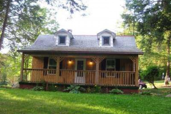[Image: 2 BR Retreat Cottage on Whitewater Stream]