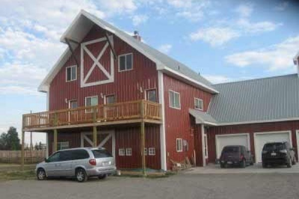 [Image: Fall River Lodge (Shootout Barn, Family Reunion Lodge, Ashton)]