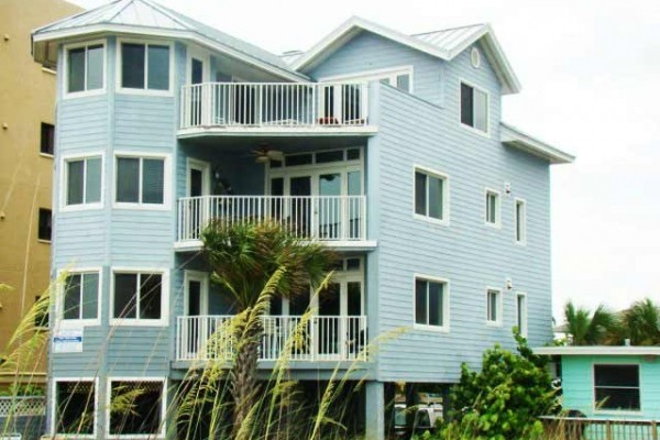 [Image: Key West Style 4/3 $1,295 Wkly 09/13 to 10/18...Call Now]