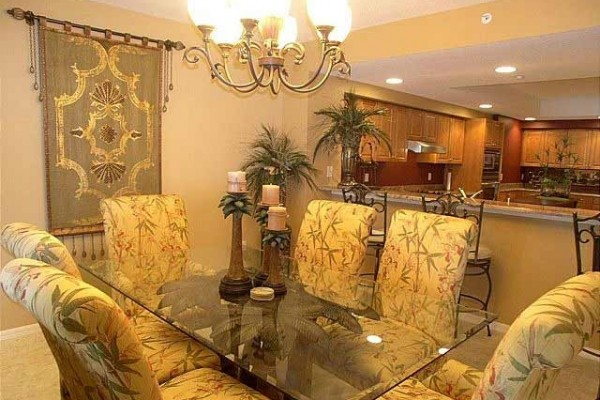 [Image: Stunning Decor! 3 Bedroom;3 Bath;Large Gulf Front Balcony]