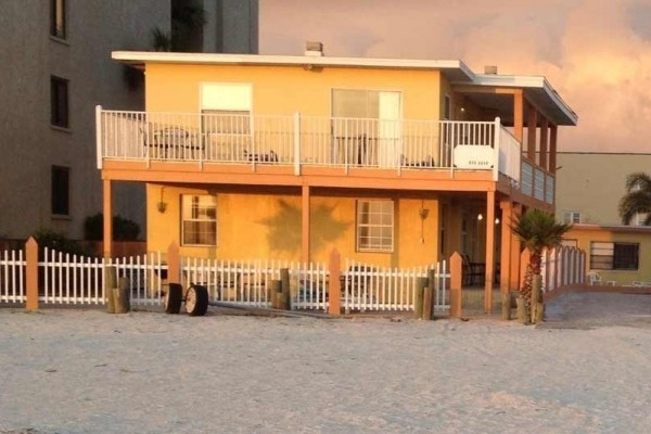 [Image: Beach Front Florida Cottage, Fishing, Golfing and Fine Dining,]