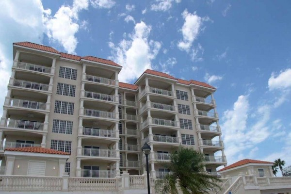 [Image: La Vistana 700 - Fabulous 7th Floor Corner Condo with Bay and Gulf Views!]