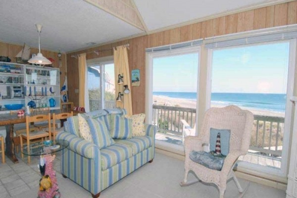 [Image: Spacious Ocean Front Home with Direct Beach Access, Gorgeous Views!]
